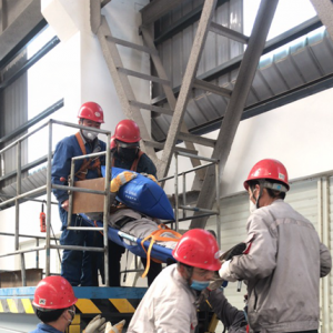 铝镁合金分公司开展 高空作业高温中暑救援应急演练
